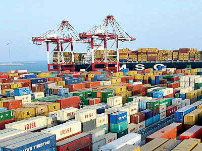 وضعیت تجاری ایران با ۱۵ کشور همسایه طی ۱۰ سال
