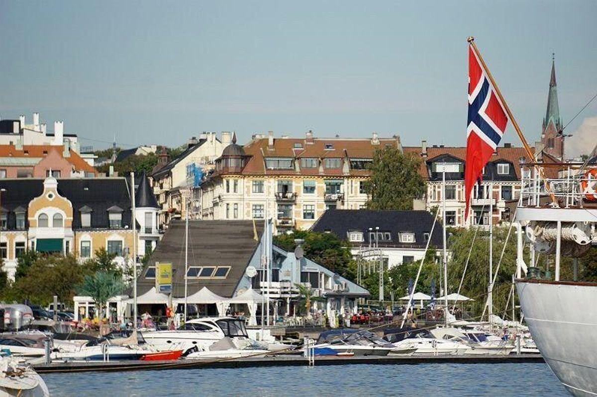 شاهدختهای نروژ هم به تظاهرات پیوستند +عکس