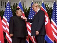 ترامپ: آزمایشهای موشکی کره شمالی ناقض اعتماد نیست