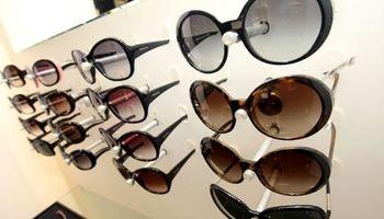 دلیل افزایش دو برابری قیمت عینک