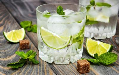 نوشیدنی سرد در وعده افطار ممنوع