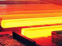 ادامه مخالفتها با قیمتگذاری دستوری فولاد