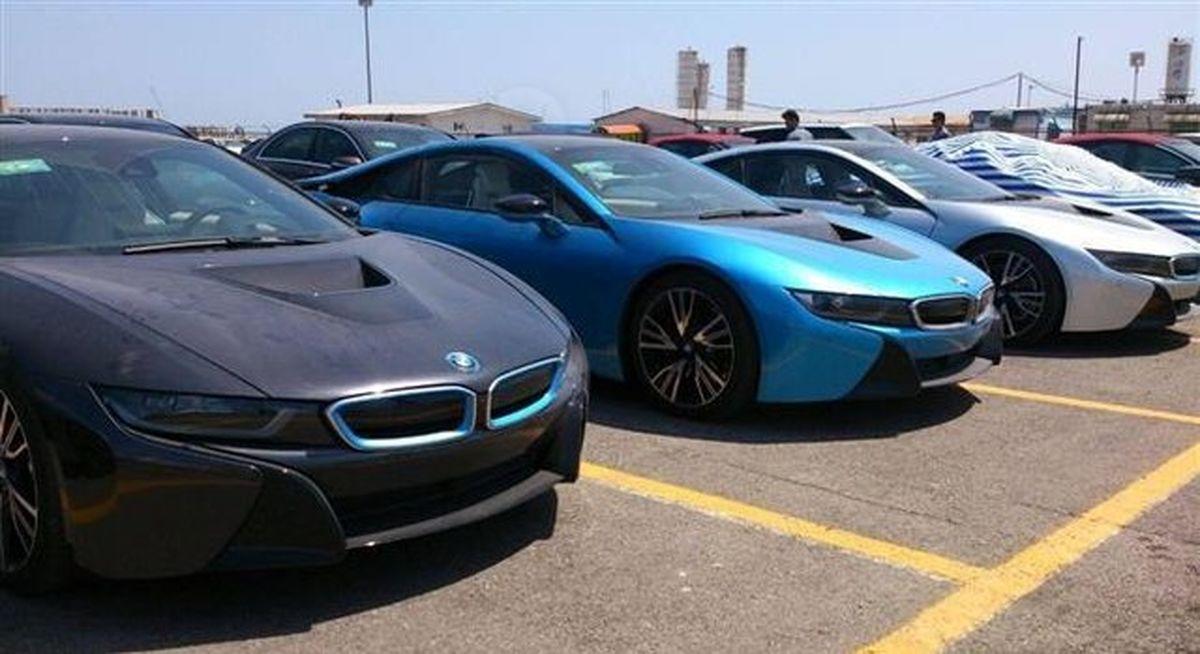 تردد قاچاقی خودروهای لوکس