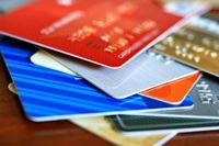 تمدید کارتهای بانکی اتباع خارجی دارای کارت اقامت