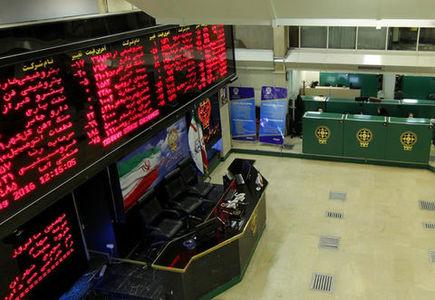 تصویب صندوق تثبیت بازار  اگرچه خوب است ولی راه درمان کوتاهمدت است/ تغییر ساختار شرکتها بورس را متحول میکند