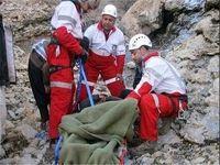 کوهنورد جوان بر اثر پرتاب از کوه جان باخت