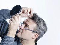 عوامل متعدد در سفید شدن مو