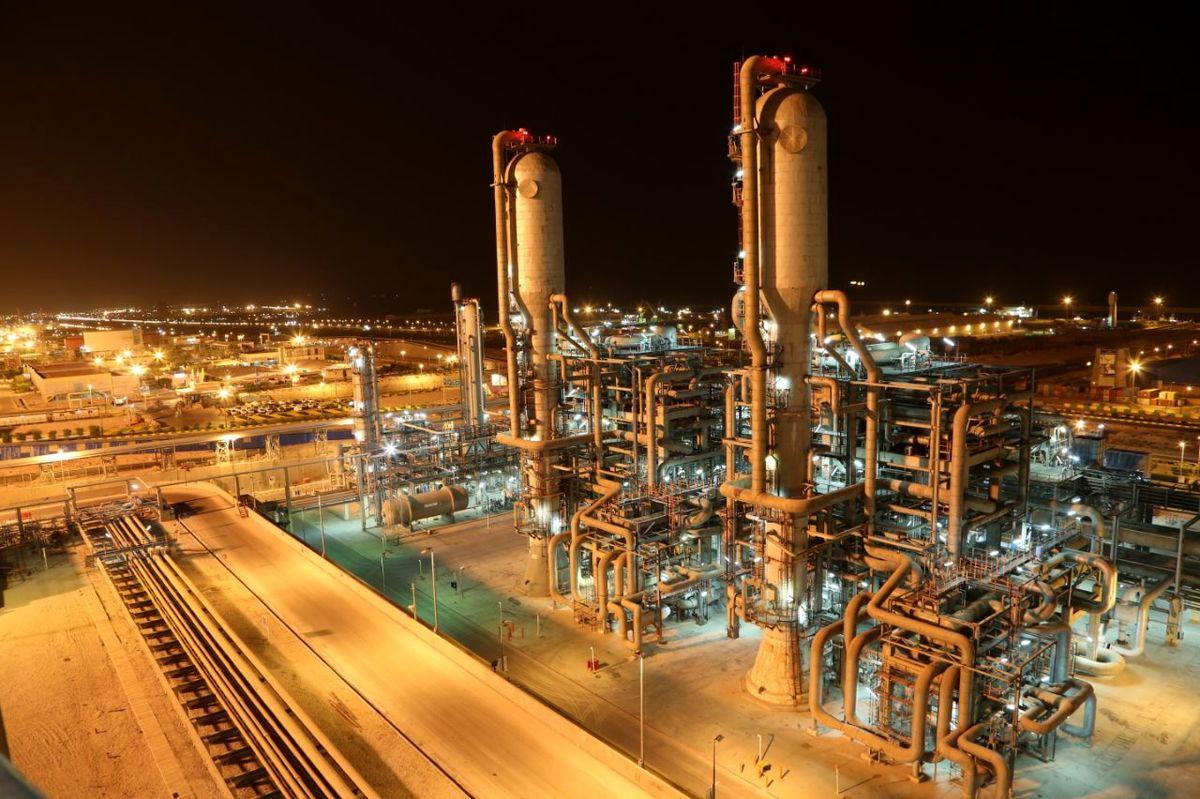 نگاهی به صنعت فرآوردههای نفتی در روزی که گذشت/ اتحاد سرخ پالایشیها