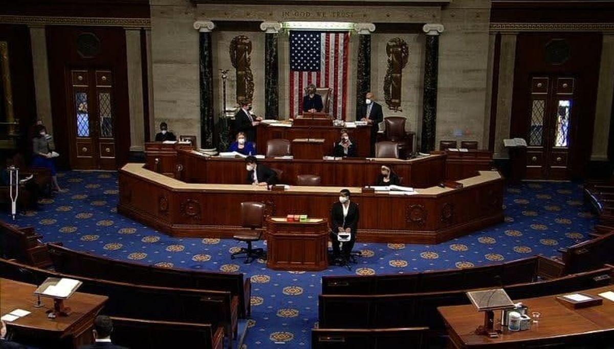 طرح استیضاح ترامپ تصویب شد/ پلوسی: ترامپ یک تهدید برای کشور است