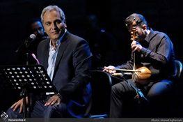 مهران مدیری پس از کنسرت کنار زنان بازیگر +تصاویر