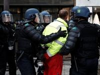 حضور ۱۲هزار نفری پلیس پاریس برای تامین امنیت