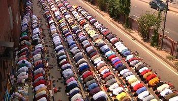 آخرین نماز جمعه ماه رمضان در بنگلادش و بیتالمقدس +فیلم