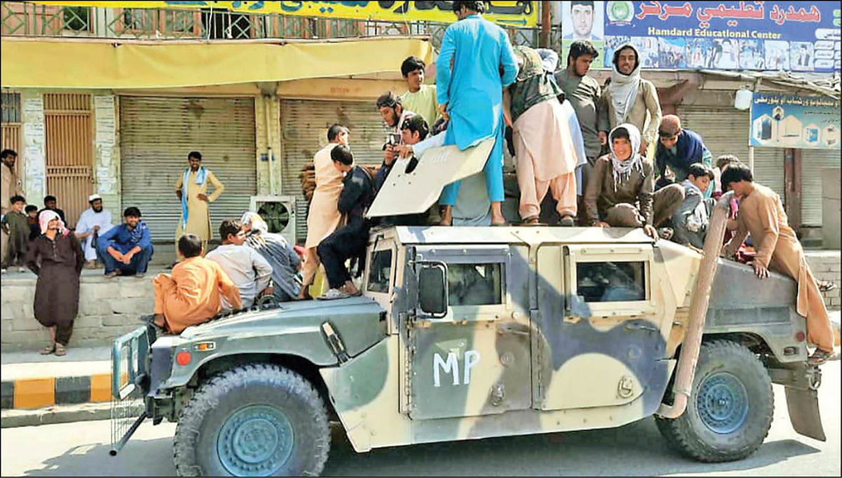 تسلیحات آمریکایی؛ هدیه ارتش افغانستان به طالبان