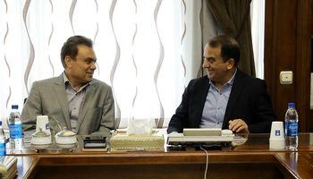 نشست هماندیشی مدیران ارشد بانک ملت و گروه خودروسازی ایران خودرو