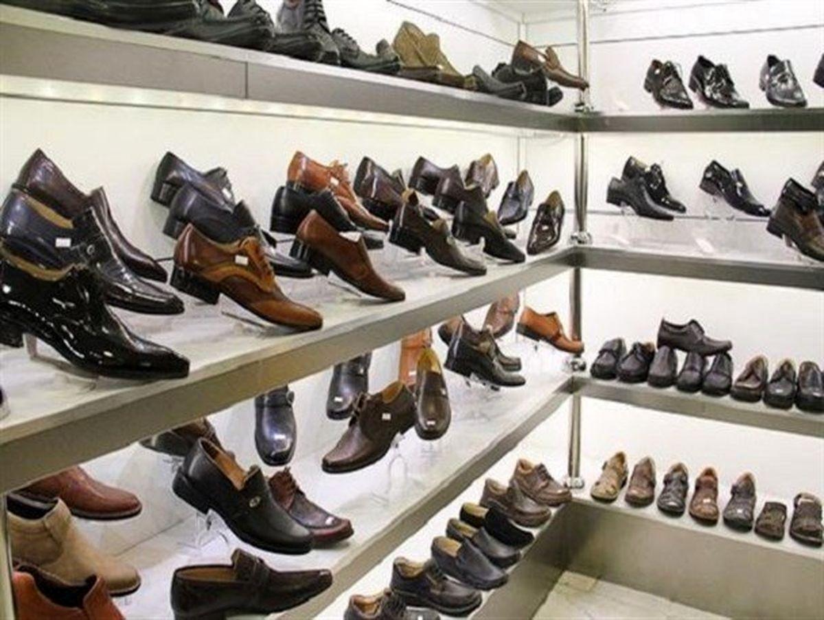 فروش بازار کفش، نصف پارسال