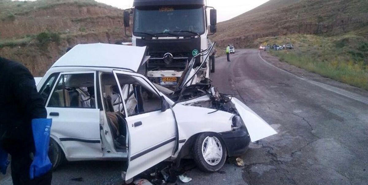 8کشته و زخمی در تصادف کامیون با پراید