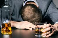 افزایش آمار کشتههای مصرف الکل تقلبی دراهواز به ۹نفر