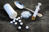 چرا زنان سریعتر از مردان وابسته موادمخدر میشوند؟