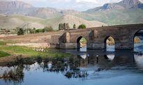 پل کهنه ساسانی در آستانه تخریب +عکس
