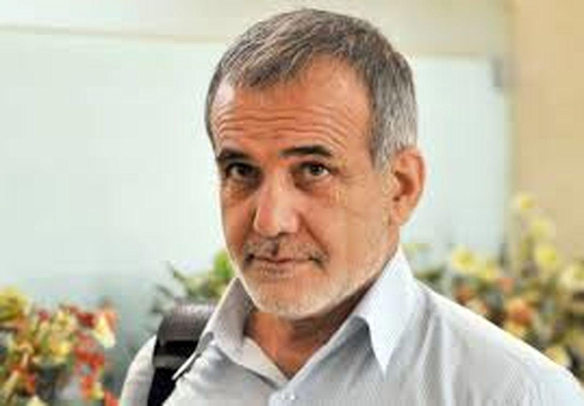 درآمد پزشکان متخصص ایران ۷ برابر آمریکا است