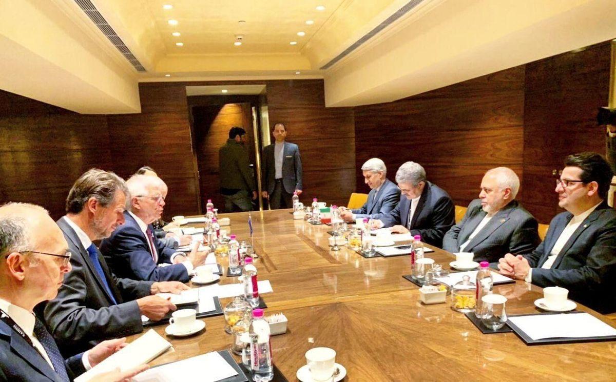 ظریف: اتحادیه اروپا رفتار خود در قبال ایران و برجام را تصحیح کند