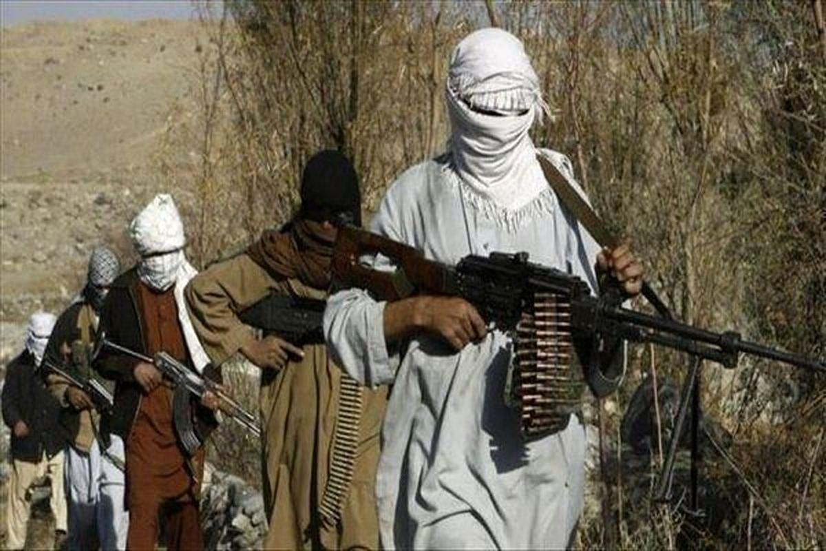 وزیر دفاع افغانستان: دست ما را بستند ، لعنت به اشرف غنی
