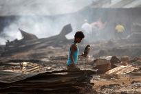 روستای مسلمانان میانمار با کمک پلیس به آتش کشیده شد