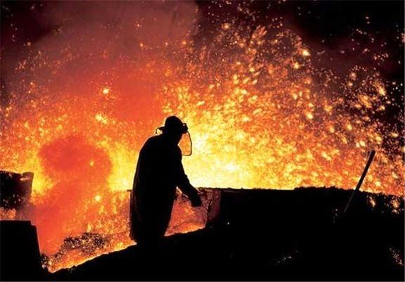 برخی شرکتهای فولادی خرید و فروش را متوقف کردند