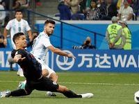 آرژانتین در جام جهانی ماندگار شد