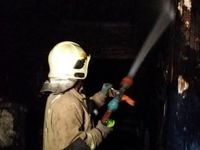 ساختمان اداری در خیابان کریمخان دچار آتشسوزی شد