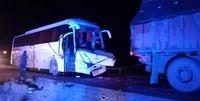 4کشته در تصادف اتوبوس با تریلی