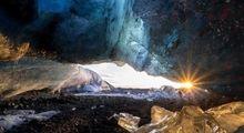 غارهایی شگفت انگیز در ایسلند +تصاویر