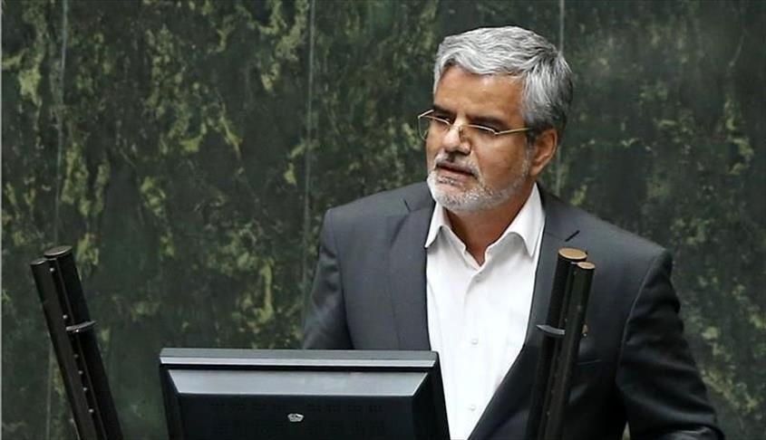 کدام یک از مسئولان و شخصیتهای سیاسی کشور کرونا گرفتهاند؟
