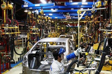 روند تولید خودروهای ملی تسریع شود