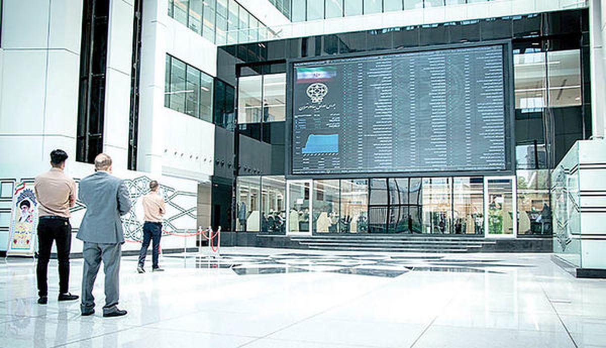 نگاهی به نتایج مجامع روز سهشنبه (۲۹ تیر) / بزرگان بانکی سود توزیع میکنند