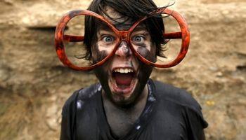 عینکی که زنان را باحجاب میکند!